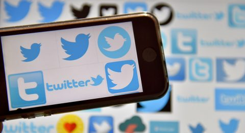 Twitter 'accidentally' killed usernames in replies, and users weren't happy